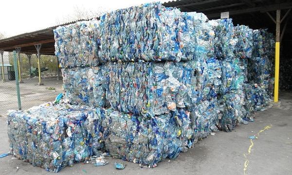 PET recycling pile