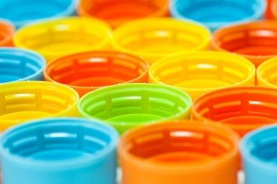 Plastic closures