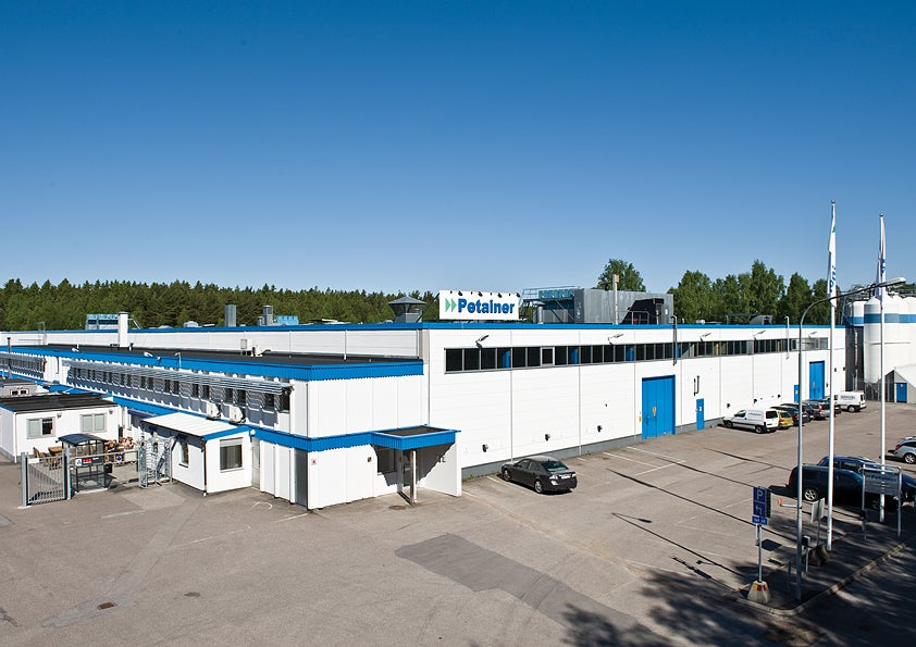 Petainer Lidkoping plant